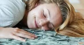arti mimpi dapat uang banyak menurut islam